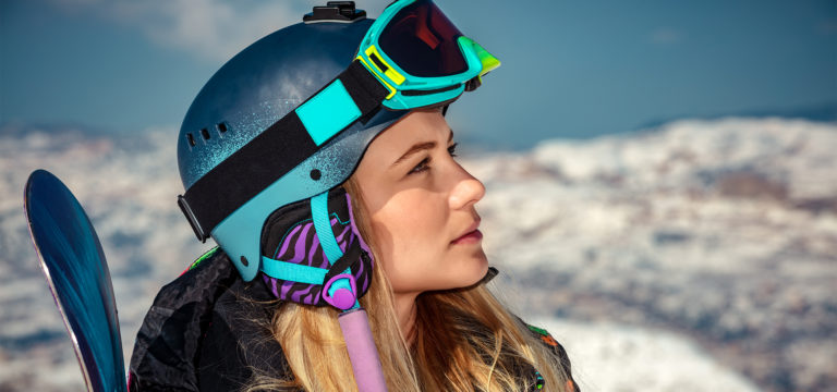 best snowboard helmets guide featured image