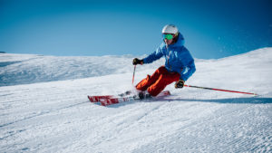 best all-mountain skis buying guide featured image